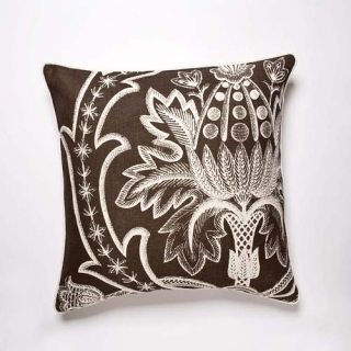 Broderie Cushion - Moccha